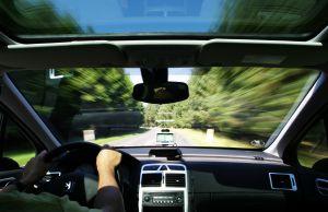 1035921_gps_driving_2.jpg