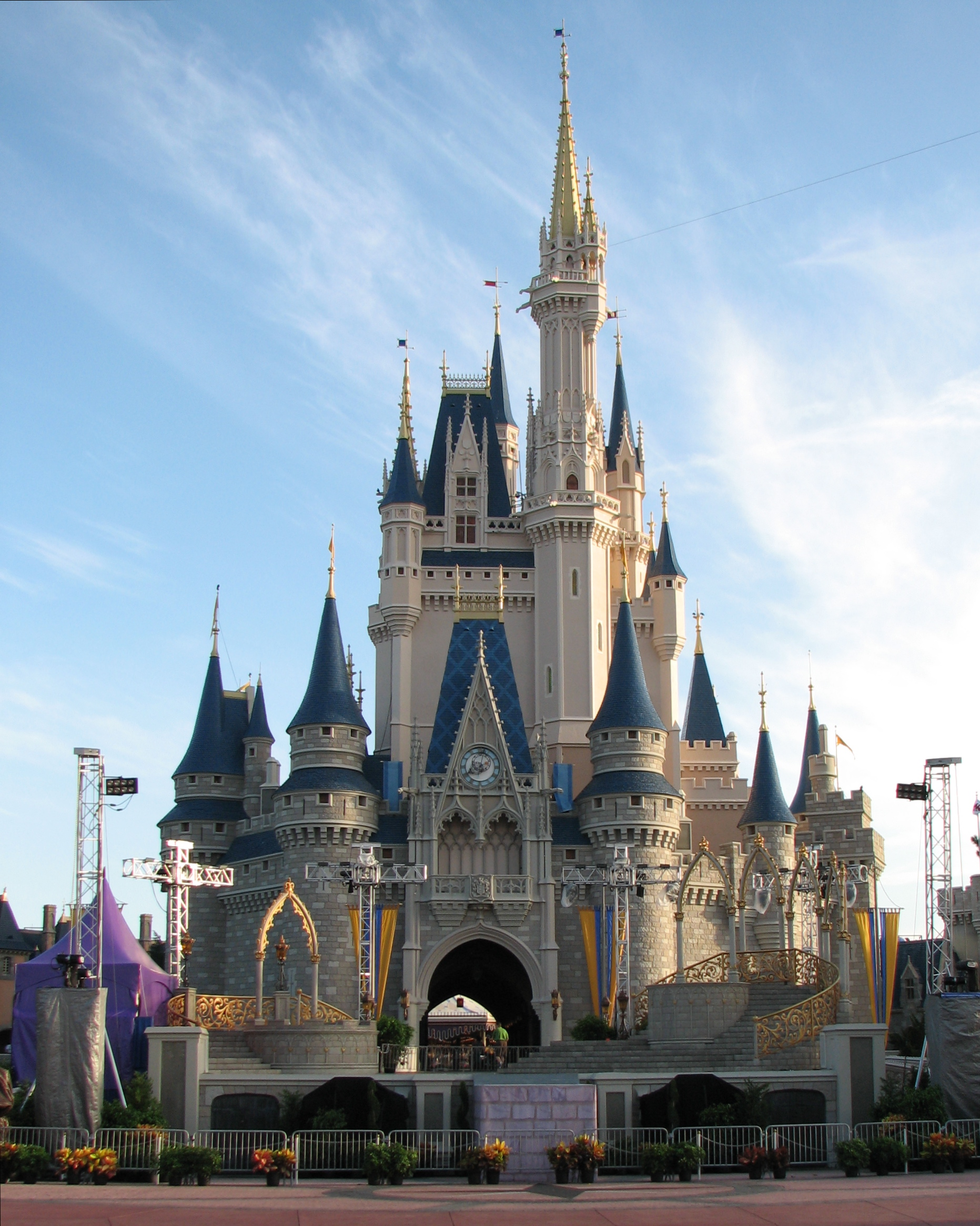 Castle.jpgr