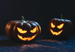 161102_halloween-pumpkin-carving-face-large (1)